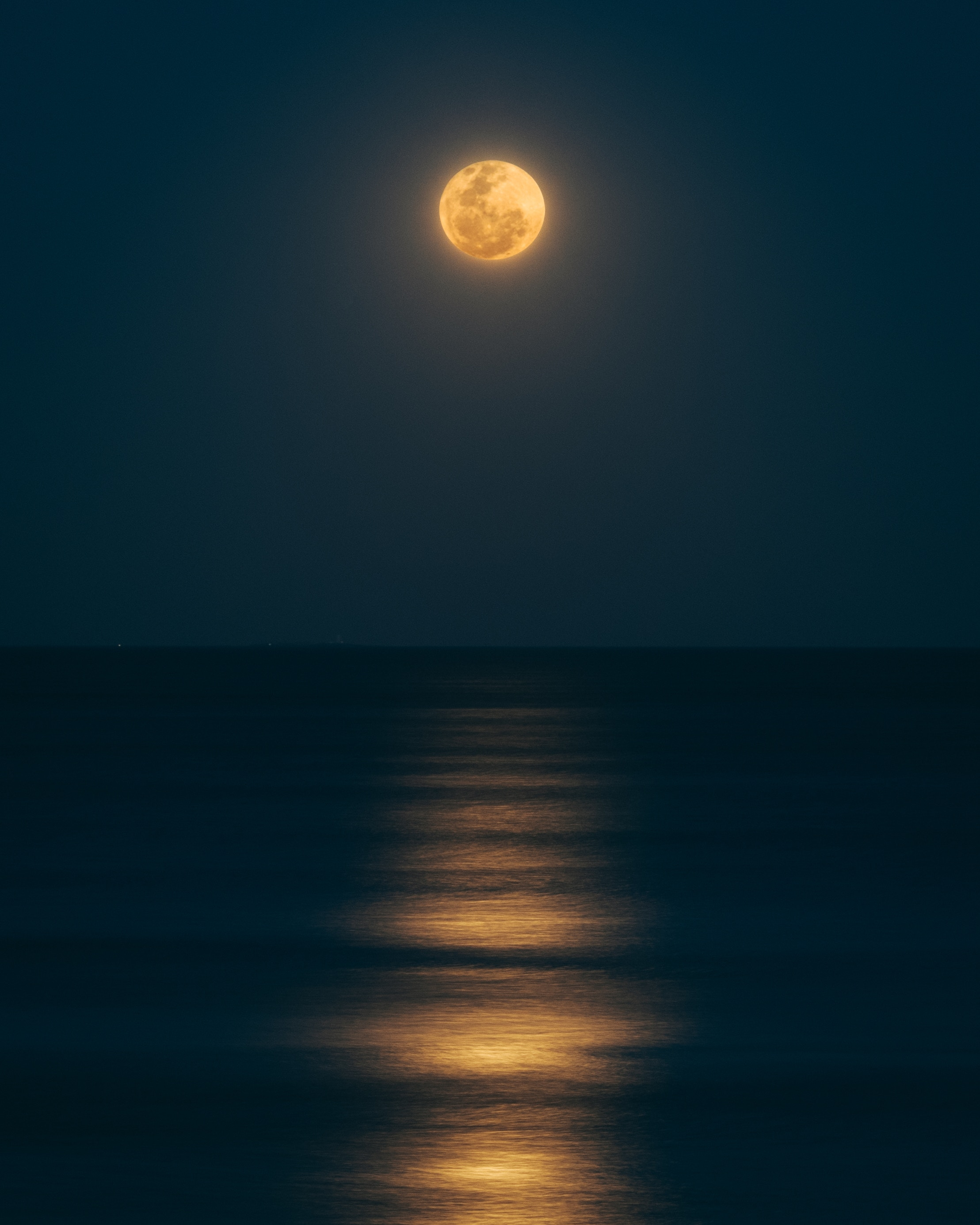 How To Work With The Full Moon